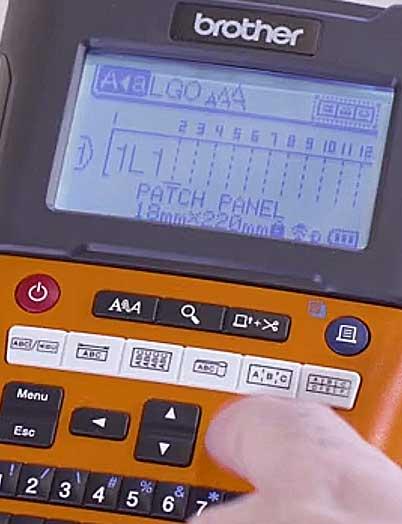 BROTHER: Tisk štítků typu Zásuvný panel pro označení jističů ...